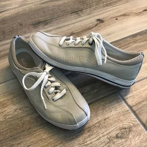 Less leather arch support sneakers shoes